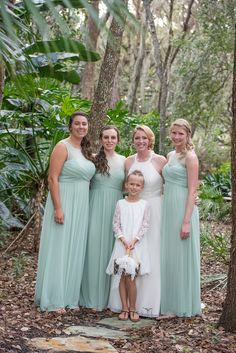 Bridesmaids in Mint| A Whimsical Outdoor Destination Wedding in Florida|Photographer: Corner House Photography