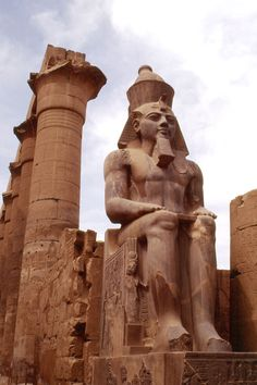 Seated Ramses II at the Ancient Egyptian Luxor Temple. I'd love to go to Egypt if it wasn't so dangerous. Maybe someday Egyptian Temple, Luxor Temple, Ancient Egyptian Art, Ancient Ruins, Ancient History, Architecture Antique, Art Antique, Ancient Civilizations, Archaeology