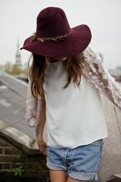 burgundy floppy hat, white tee (or white sweater), blue jeans
