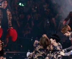 chanyeol's experience as a lucky fan (starring jongin who had the time of his life & ft. sehun who was solely focused on hitting and stripping him) PART 4 D.O be like here may your ship sail!! oh it's ike he's giving him permission