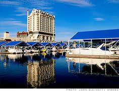 IDAHO: Coeur d'Alene Resort, Coeur d'Alene The Coeur d'Alene is a lakeside resort with stunning views. The resort is known for its incredible golf courses, most notably the hole floating green. Best Places To Retire, Places To Travel, Great Places, Places To See, Coeur D'alene Idaho, Lakeside Resort, Coeur D Alene Resort, Road Trip Usa, Usa Roadtrip