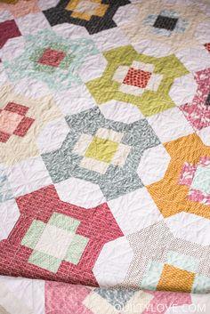 Quilty Love | Sweet Summertime quilt pattern | http://www.quiltylove.com