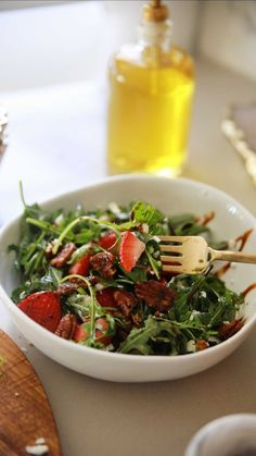 The tastiest and easiest strawberry salad!