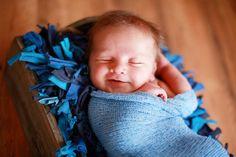 Newborn pose   Photo by Michelle Denton Photography ♥