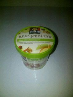 Quaker Real Medleys Apple Walnut Oatmeal  By Influenster Holiday VoxBox 2012