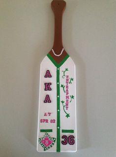AKA cardigan paddle Aka Sorority Gifts, Sorority Paddles, Sorority Crafts, Sorority And Fraternity, Sorority Life, Theta Crafts, Alpha Kappa Alpha Sorority, Delta Sigma Theta, Greek Crafts