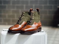 Enzo Bonafé - Two Toned Boots Are Best