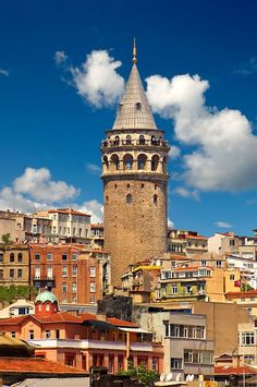 The Galata Tower (Galata Kulesi ), nine-story tower is meters tall built in the Genoeses quarter Galata on the northern banks of the Golden Horn in and was the citys tallest struct Istanbul City, Istanbul Travel, Istanbul Turkey, Beautiful World, Beautiful Places, City Collage, Golden Horn, Monuments, Sunset Wallpaper