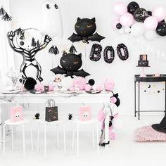 Halloween Rose, Halloween Orange, Halloween Mignon, Halloween First Birthday, Halloween Cups, Halloween Balloons, Modern Halloween, Halloween Party Decor, Spooky Halloween
