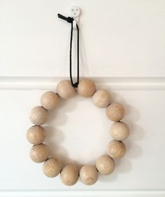 DIY trivet from wooden beads - Osasin! | Lily.fi