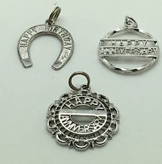 Vintage Sterling Silver Charm Happy Anniversary Horse Shoe Gift For Her Round Ornate Your Pick You Choose Horseshoe 1.5 grams 3/4 x 7/8 Curved Happy Anniversary 1.8 grams 13/16 diameter RJL Straight Happy Anniversary Line 1.8 grams 3/4 unmarked tested positive for silver Pre-owned, typical superficial wear as to be expected If you are looking for any other charms , starter charm bracelets or loaded charm bracelets please see our store or Inquire. For our US Customers :...