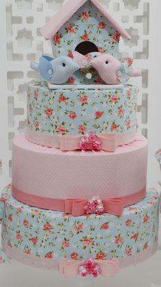 Bolo Fake tecido com casinha - Infinita Arte for Baby Girl Shower, Baby Shower, Dummy Cake, Birthday Traditions, Frozen Birthday Cake, Ballerina Cakes, Fake Cake, Butterfly Party, Spring Party