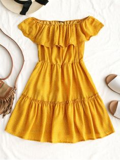 Summer No Polka Ruffles Short Off Mini Casual and Going Polka Dot Ruffle Off Shoulder Mini Dress Summer No Polka Rüschen Short Off Mini Casual und Going Polka Dot Rüschen Off Schulter Minikleid Outfits Casual, Summer Dress Outfits, Spring Outfits, Cool Outfits, Casual Heels, Skirt Outfits, Yellow Summer Dresses, Yellow Dress Casual, Casual Clothes