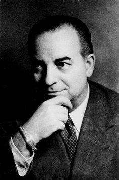 Eduardo Blanco Amor, nado en Ourense o 14 de setembro de 1897 e finado en Vigo o 1 de decembro de 1979, constitúe un dos grandes fitos da renovación narrativa galega. Foi, asemade, unha figura fundamental no teatro e no xornalismo.