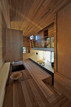 Decoración interior en madera de teka y tzalam.  #Interiores #Decoracion #Diseño