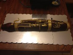 Bassoon cake... I WANT THIS!!!!