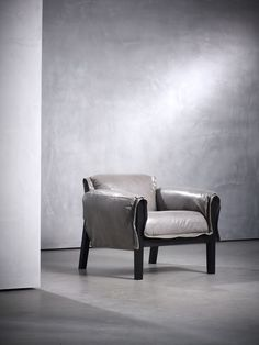 KENT fauteuil designed by Piet Boon