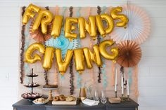 EASIEST DIY Friendsgiving Banner. This decoration would be perfect for Thanksgiving with families with adults and kids too! If you need ideas for decor or decorations for your home, your party will be a hit with this backdrop! Perfect for photos at parties, and would look great on your porch or in the house above the buffet!