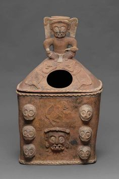 K'iché burial or cache urn lid Maya , A.D. 650–850. -1