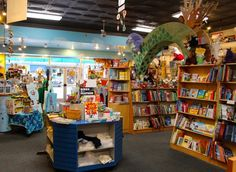 A Look at one of Cincinnati's most cherished children's bookstores - blue manatee children's bookstore and decafe #Cincinnati via @365cincinnati