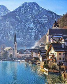 Comparateur de voyages http://www.hotels-live.com : Hallstatt Austria Photo by @brianthio by awesomedreamplaces https://www.instagram.com/p/BAJfCzIFNj8/ via https://scontent.cdninstagram.com/hphotos-xpa1/t51.2885-15/e35/10597426_972752522797062_449284555_n.jpg #Flickr via Hotels-live.com https://www.facebook.com/125048940862168/photos/a.1032999036733816.1073741891.125048940862168/1080337192000000/?type=3 #Tumblr #Hotels-live.com