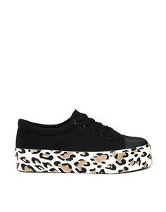 Cite sneakers
