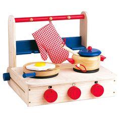 Wooden play kitchen: portable cooker. Questo piano cottura giocattolo è una valida alternativa alla cucina giocattolo, per chi ha poco spazio in casa. Realizzato completamente in legno massello è solidissimo e assai pratico: si può piegare e chiudere come un valigetta. Completo di tutti gli accessori. E' acquistabile su http://www.giochiecologici.it/p/439/cucina-portatile-accessoriata