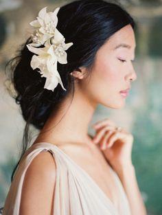 Bridesmaid Hairstyles | Bridal Musings Wedding Blog 8