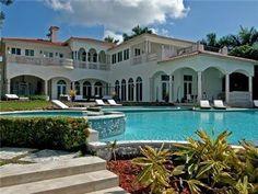 Villa Palm De Mar  #SummerHolidays #SouthBeach #ParadiseVacation #RentAVilla
