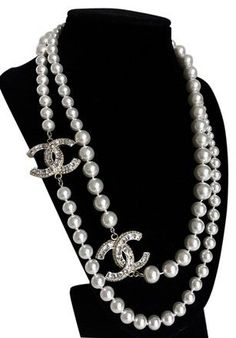 Chanel Pearl Crystal Cc Long Gold Necklace - Tradesy