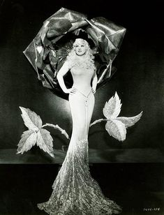 Mae West. The legendary brassy bombshell of the early 20th c and a classic hourglass figure! Tis what I am shooting for for myself!