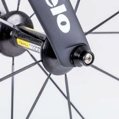 Ever worried about the safety of your wheels or seat when your bike is out of sight? Hexlox is a miniscule new solution to easily stolen bike accessories that's getting pretty big on Kickstarter. The system is based around the ever-present Allen head bolts found all over all kinds of