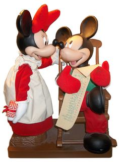 "Animated Christmas ""Santa Mickey And Mrs Claus Minnie"""