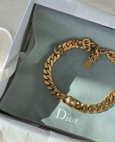 Dior Jewelry, Cute Jewelry, Luxury Jewelry, Jewelry Accessories, Fashion Accessories, Fashion Jewelry, Fashion Ring, Fashion Bracelets, Jewelry Ideas