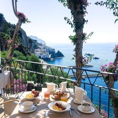 Exterior & More: Wish you a lovely day🌿⛱☀️ NH Collection Grand Hotel Convento Amalfi 📸 Breakfast Around The World, Italy Images, Amalfi Coast Italy, Japan Photo, Positano, Grand Hotel, Best Hotels, Italy Travel, Travel Pictures