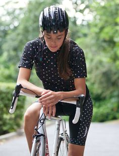 When I moved to Austin almost 4 years ago, one thing was very clear: this city has a strong cycling community. Cycling wasn't prevalent in the small Nebraska town that I grew up in, but after my Da...