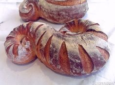 the pursuit of the best ... Potato & rosemary bread! - A la recherche du bon pain!