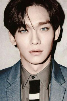 Alright Jongdae, you are beautifully unnerving with blue eyes.