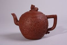 Nice red clay Yixing teapot, 18th century - Antiques | ArtListings