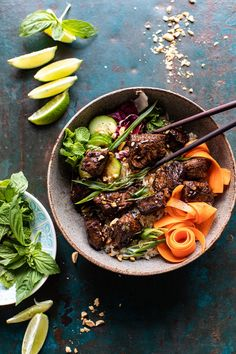 Minute Vietnamese Beef and Crispy Rice Bowl. 30 Minute Vietnamese Beef and Crispy Rice Bowl Asian Recipes, Beef Recipes, Cooking Recipes, Healthy Recipes, Ethnic Recipes, Leftover Rice Recipes, Half Baked Harvest, Rice Bowls, Mets