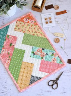Mini Quilts for March! {plus a jelly roll fabric giveaway from Riley Blake} Monthly Mini Quilts for March! {plus a jelly roll fabric giveaway from Riley Blake} — SewCanShe Small Quilts, Mini Quilts, Easy Quilts, Mini Quilt Patterns, Sewing Patterns Free, Free Sewing, Free Pattern, Quilted Placemat Patterns, Quilt Placemats