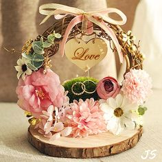 Creative and Great Free Delivery Rattan Arch Pink Flower Photograph Props . Engagement Ring Platter, Engagement Ring Holders, Ring Holder Wedding, Ring Pillow Wedding, Engagement Rings, Wedding Crafts, Diy Wedding, Rustic Wedding, Wedding Band