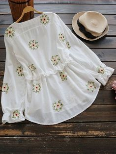 28 ideas for style hijab casual bebe Hijab Style, Casual Hijab Outfit, Casual Dresses, Casual Outfits, Cute Blouses, Blouses For Women, Kurta Designs, Blouse Designs, Hijab Fashion
