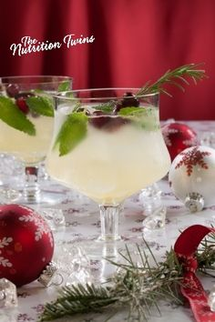 Cranberry Sparkle Spritzer | ONLY 45 Calories | Skinny Cocktail | Perfect Christmas Cocktail | For MORE RECIPES like this please SIGN UP for our FREE NEWSLETTER www.NutritionTwins.com