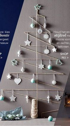 Ideas For Diy Christmas Tree Alternative Natal Creative Christmas Trees, Diy Christmas Tree, Christmas Makes, Rustic Christmas, Xmas Tree, Christmas Projects, Christmas Tree Decorations, Christmas Holidays, Christmas Ornaments