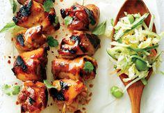 Brochettes de poulet piquantes et salade fraîcheur #bbq #recette
