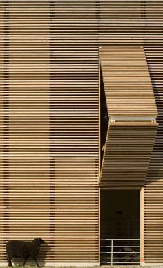 Wood louvers - #architectural detailing using wood - Almere #Netherlands