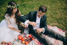 Hoe om jou troue 'n fees te maak! #wedding #weddingtrends #bride