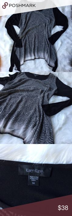 Herringbone Chevron Pattern Sharkbite Tunic Incredibly comfortable while still being stylish, this long sleeve tunic has a sheer patterned front and soft black back and sleeves. Excellent used condition. Karen Kane Tops