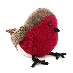 This cheeky chap was a sell out success at Yarndale and The Knitting and Stitching show and is knitted flat using brown chunky yarn. His sparkly red breast is knitted separately and sewn on after the body has been sewn together.
